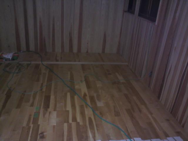 天井と床_e0118649_21482475.jpg
