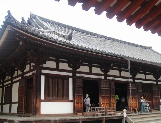 <2010年6月>伊勢路・奈良の旅(その3):「奈良・西ノ京の国宝寺」_c0119160_17422592.jpg