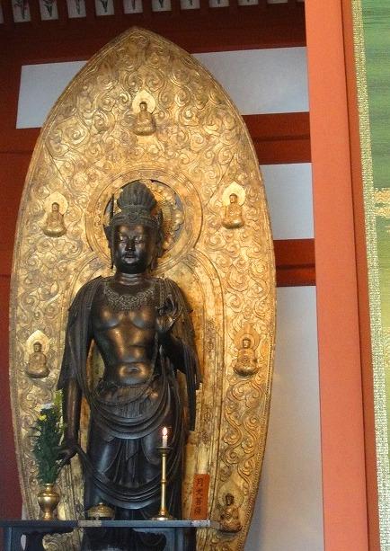 <2010年6月>伊勢路・奈良の旅(その3):「奈良・西ノ京の国宝寺」_c0119160_22265618.jpg