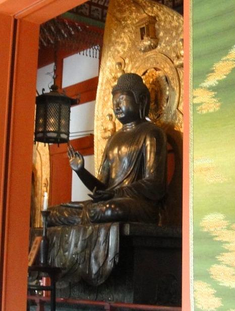 <2010年6月>伊勢路・奈良の旅(その3):「奈良・西ノ京の国宝寺」_c0119160_22273984.jpg