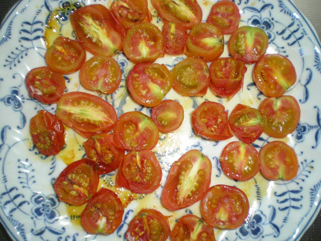 2010年8月29日(日)ドライトマトの作り方!_f0060461_1012999.jpg