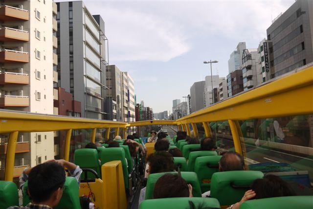 二階建てはとバス、\'O Sola mio(オー・ソラ・ミオ)に乗って!!_b0175688_1631482.jpg