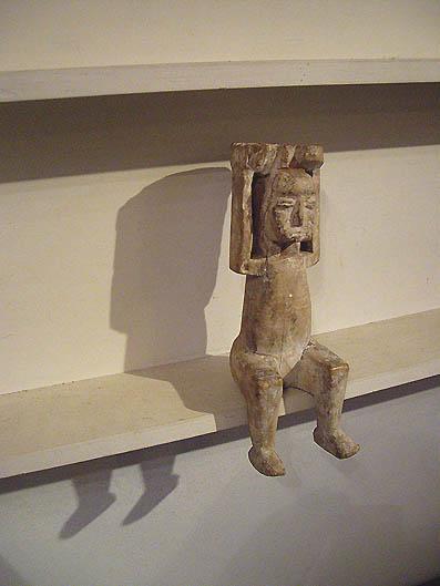 アフリカの木偶_e0111789_1222416.jpg