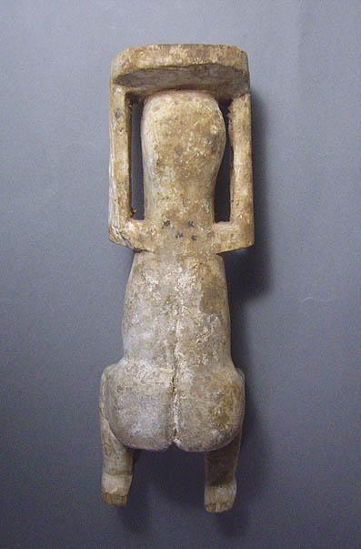 アフリカの木偶_e0111789_12244747.jpg