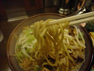 光麺@新宿の骨太光麺菊次郎[全部のせ]_d0044093_22385846.jpg