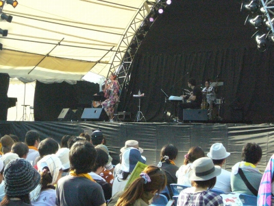 Slow Music Slow LIVE \'10 in 池上本門寺_e0123401_053983.jpg