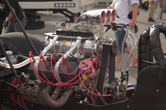 DRAG RACE_a0095515_1139566.jpg
