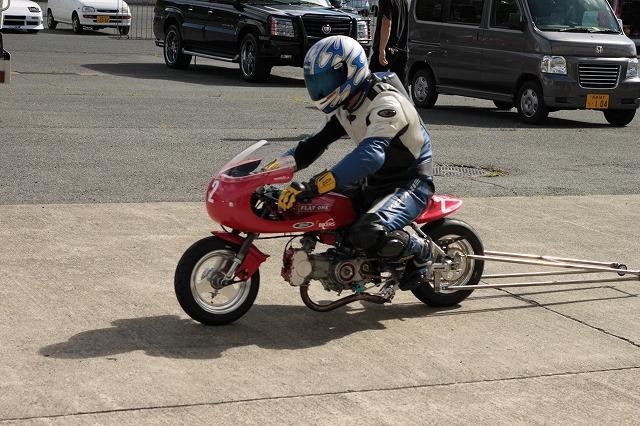 DRAG RACE_a0095515_11544776.jpg