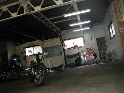 「立ち上げる」とは何か? 〜バイク屋さんのなりかた〜 前編_f0203027_924673.jpg