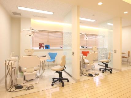 新ありしま矯正歯科*院内ツアー_e0025661_2215653.jpg