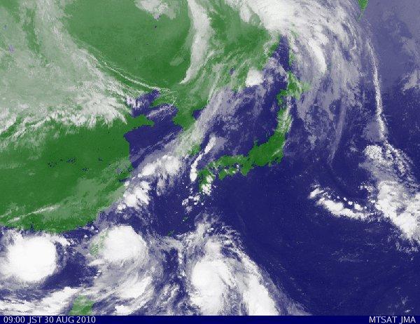 3年ぶりに台風が・・・  ☆今日のお弁当♪_c0139375_12542415.jpg