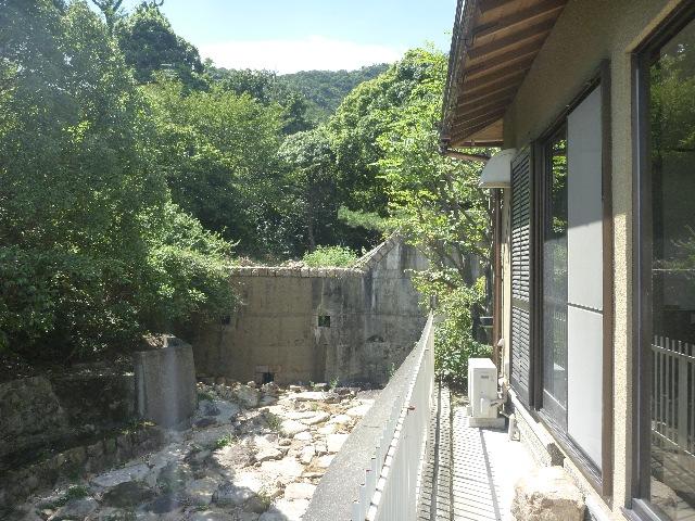 あまやん宅の隣りの中古住宅発売!_b0054727_12022.jpg