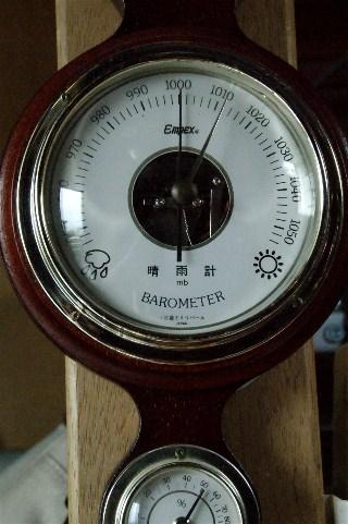 気圧計_e0166355_11504912.jpg