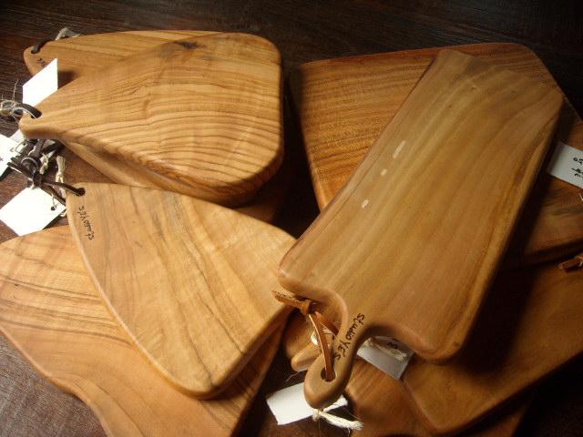 studio Y.E\'Sの無垢の木のカッティングボード_b0154693_335363.jpg