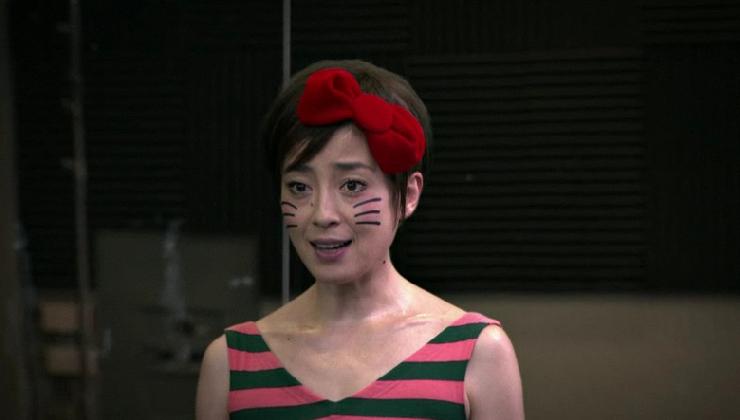 宮沢りえさん演じる実写版キティちゃん、ニューヨークへ (グリコ、アーモンドプレミオ新CM)_b0007805_22411881.jpg