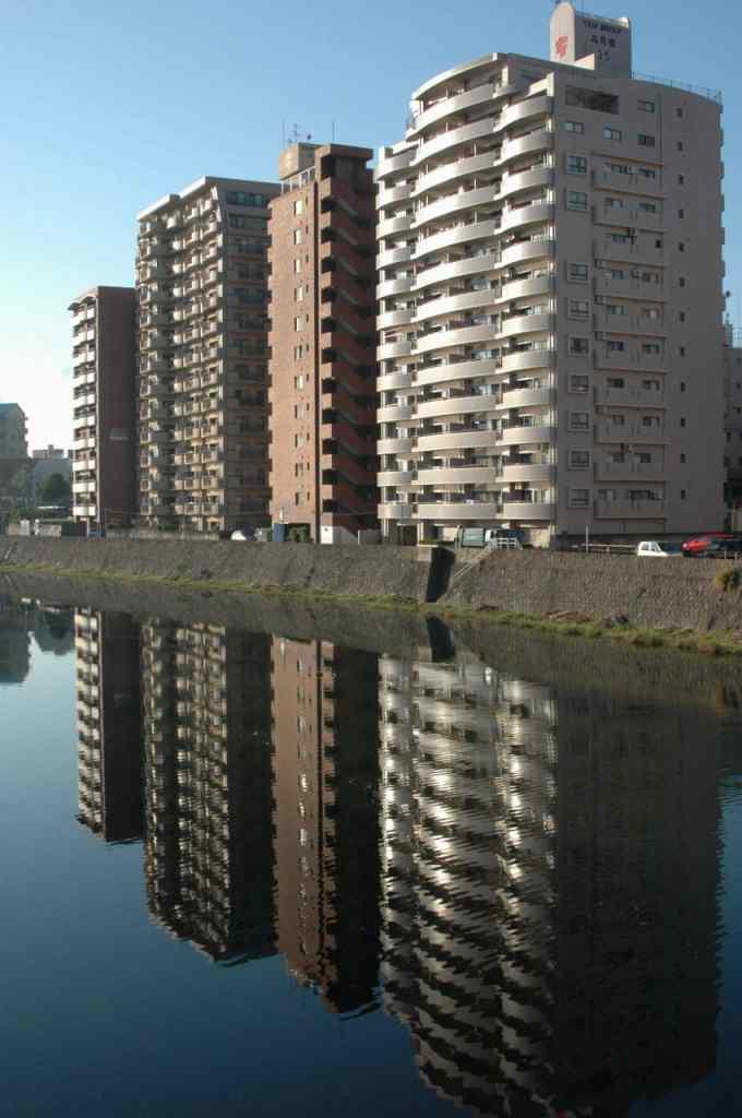 ⑦甲突川(コウツキガワ)に映る_a0148206_1734569.jpg