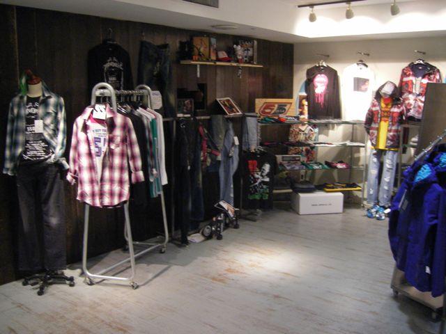 新店舗完成しました。。。_e0169535_124196.jpg