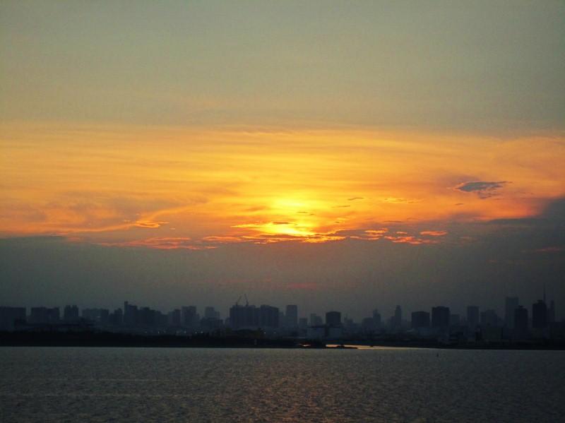 大都会の夕暮れ_b0083801_45550100.jpg