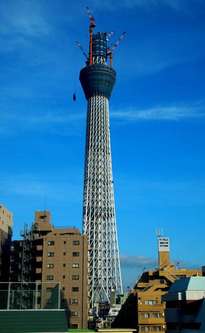 東京スカイツリーにニアミス_b0015157_23435521.jpg