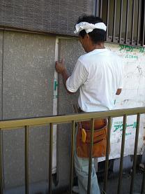 外壁をはがしてシロアリ被害も確認することになりました。_d0165368_6295928.jpg