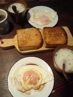 胚芽パンで朝食_e0117783_18405486.jpg