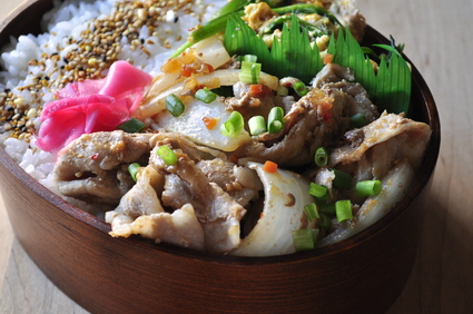 キューピー具のソースで韓国焼肉味弁当_b0171098_7471868.jpg