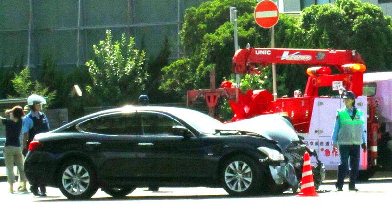 事故車目撃_b0083801_1592041.jpg