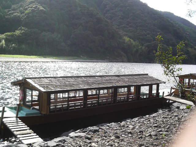 四万十川で屋形船_a0105740_16432346.jpg