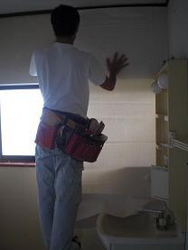 洗面所の内装を仕上げて完成です。~残る作業は・・・・。_d0165368_551041.jpg