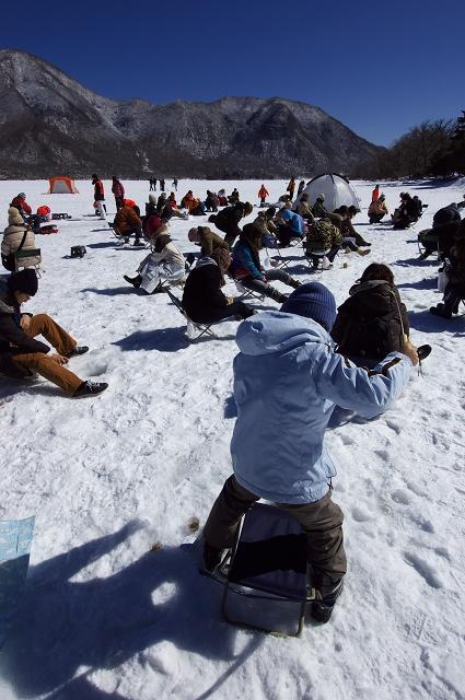 氷上ワカサギ釣り_f0018464_731518.jpg
