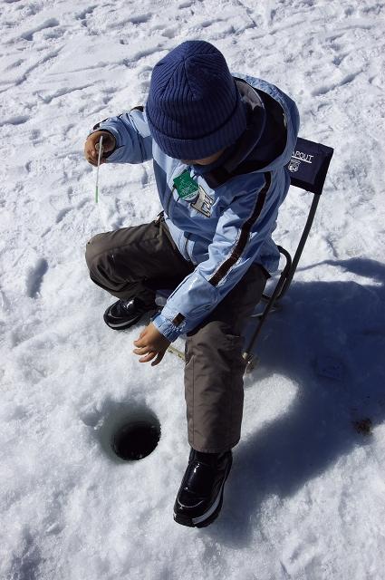 氷上ワカサギ釣り_f0018464_7321514.jpg