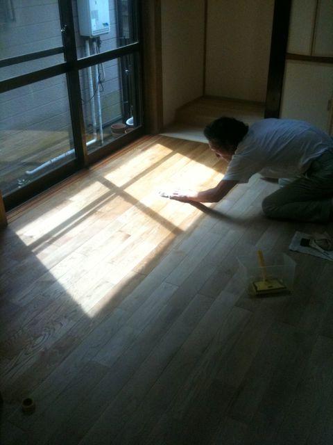 床塗装_a0148909_14554129.jpg