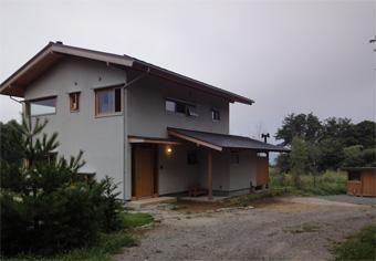 循環の家の空の色_c0195909_8381456.jpg