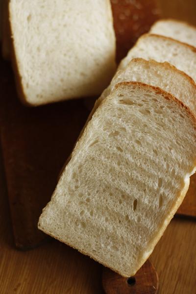 クランベリーと胡桃のパン_f0149855_13101313.jpg