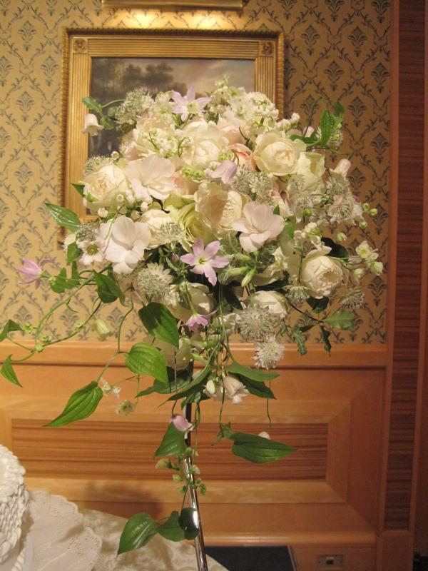 ブーケ 楽園 ホテルオークラ様へ_a0042928_1294828.jpg