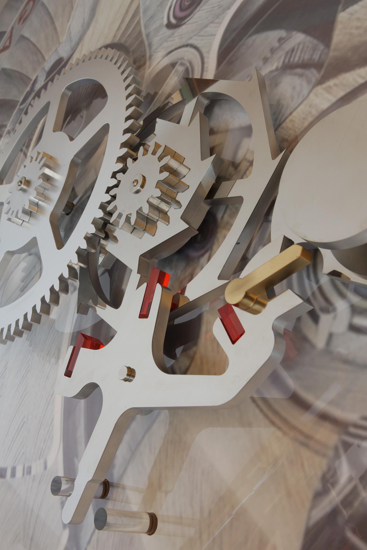オメガ・コーアクシャル脱進機の巨大模型が大丸 福岡天神店に登場_f0039351_19424172.jpg