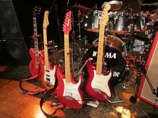 踊り明かそうよ、僕のギターで!!!_c0127670_4192523.jpg