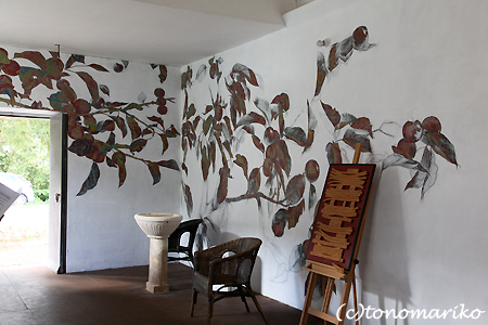 ノルマンディーの「林檎の礼拝堂」_c0024345_19433316.jpg