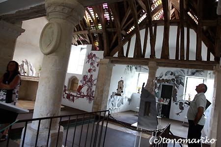 ノルマンディーの「林檎の礼拝堂」_c0024345_1943342.jpg