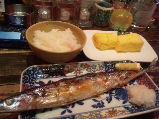 特技は秋刀魚をきれいに食べる事。_e0067283_19365721.jpg