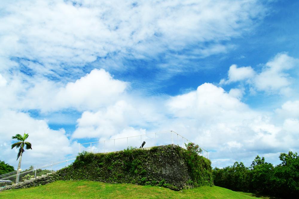 2010年夏のグアム旅行(2) 2日目の①~アプガン砦、ラッテストーン公園~_c0223825_22104236.jpg