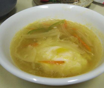 スープ餃子と春巻き...はどちらも同居人のお腹に納まりました。_c0119140_1313226.jpg