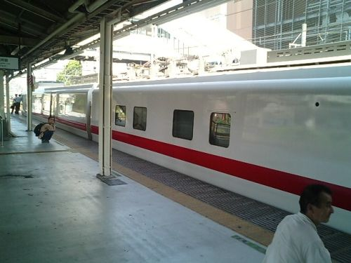 きれいな電車 マヤ50_a0163788_20221490.jpg