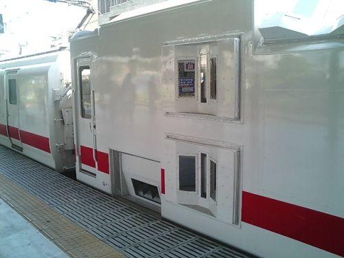 きれいな電車 マヤ50_a0163788_20222946.jpg