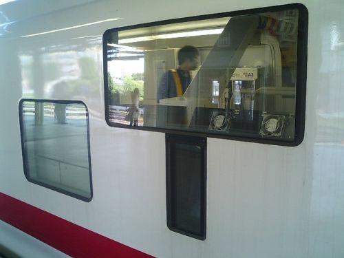 きれいな電車 マヤ50_a0163788_20224643.jpg