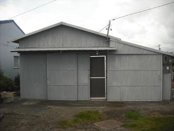 グレーの小屋_e0149215_1523247.jpg