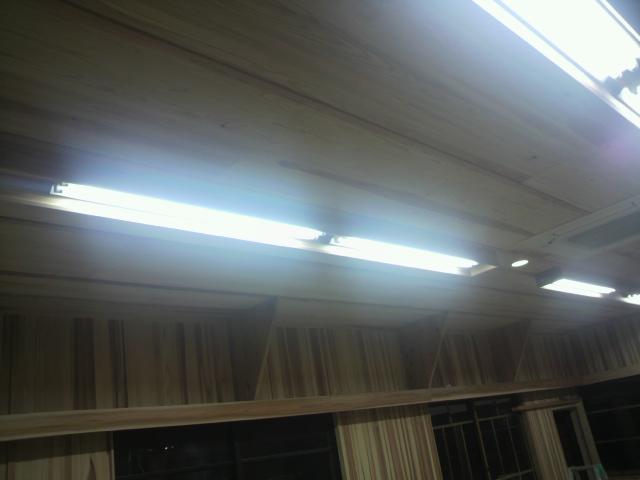 照明設置_e0118649_20522537.jpg