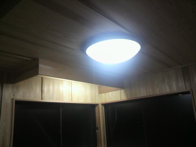 照明設置_e0118649_2053812.jpg