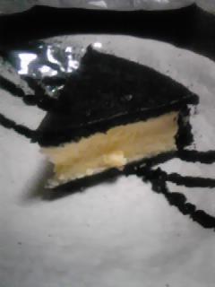 真っ黒チーズケーキ!!!!_a0084859_1118461.jpg