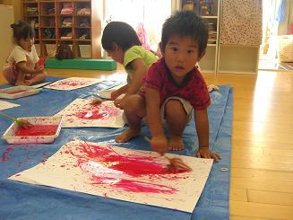 お絵かきを楽しみました。ことりぐみ(2歳児)_c0197584_12304443.jpg